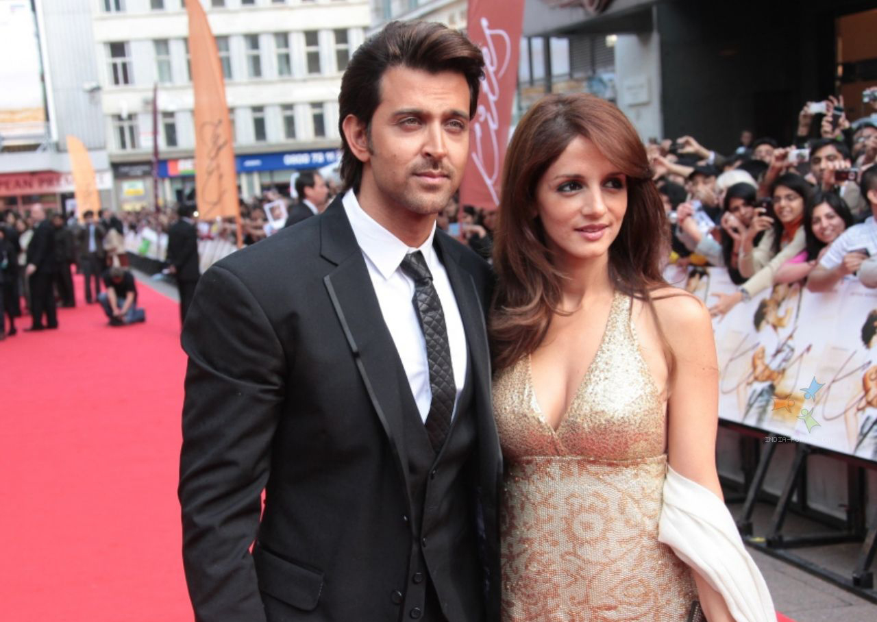 hrithik-roshan-and-suzanne-roshan-at-odeon-westend-in-lond